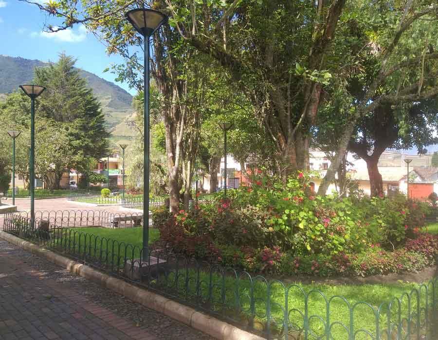 Parque_Central_Atahualpa_Habaspamba-900x7007